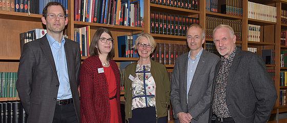 Experten geben bei der Büchersprechstunde Rat | SBB