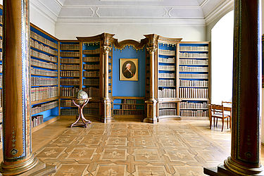 View into the Dominican room in which Charles II August, Duke of Zweibrücken's court library and portrait are being kept | SBB